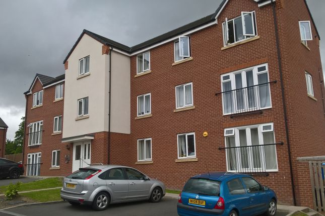 Thumbnail Flat to rent in Bobeche Place, Kingswinford