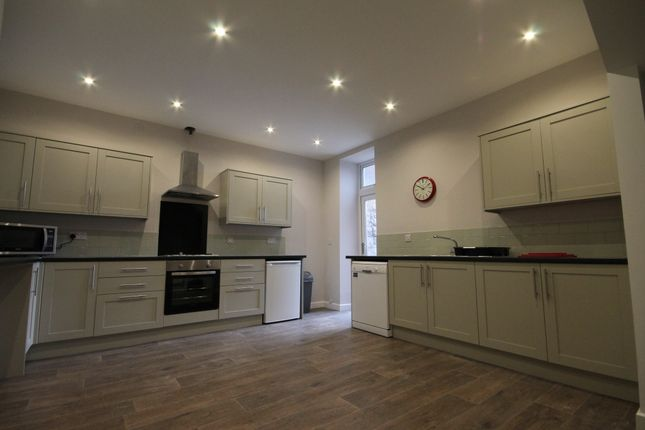 6 bed terraced house to rent in Westgate Road, Newcastle Upon Tyne