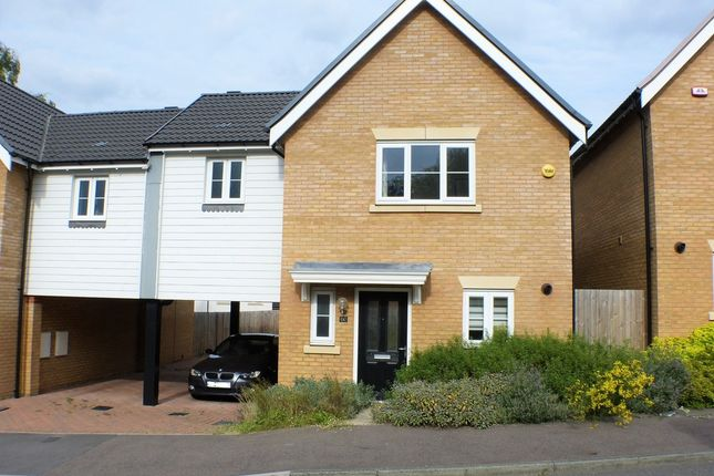 3 bed link-detached house to rent in Brookfield Close, Hutton, Brentwood