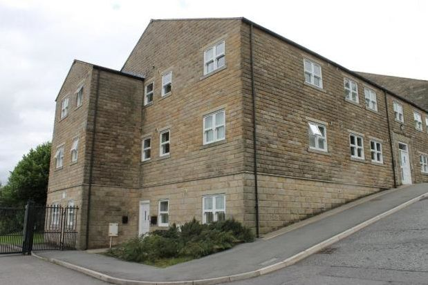 Thumbnail Flat to rent in Ivegate, Colne