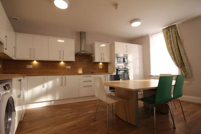 Thumbnail Flat to rent in Groat Market, Newcastle Upon Tyne