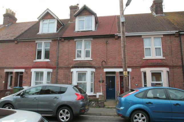 Thumbnail Terraced house to rent in Queen Street, Littlehampton