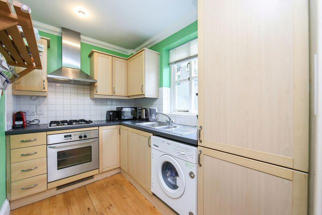 Kitchen of Carlyle Mews, London E1