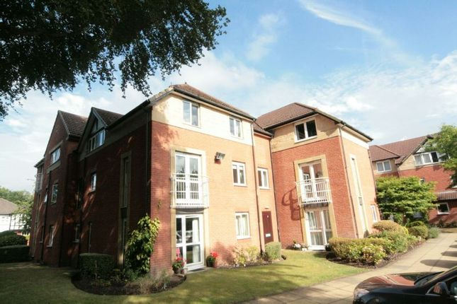 Thumbnail Property to rent in Clothorn Road, Didsbury, Manchester