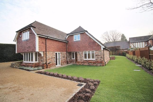 Thumbnail Detached house to rent in Blackhall Lane, Sevenoaks