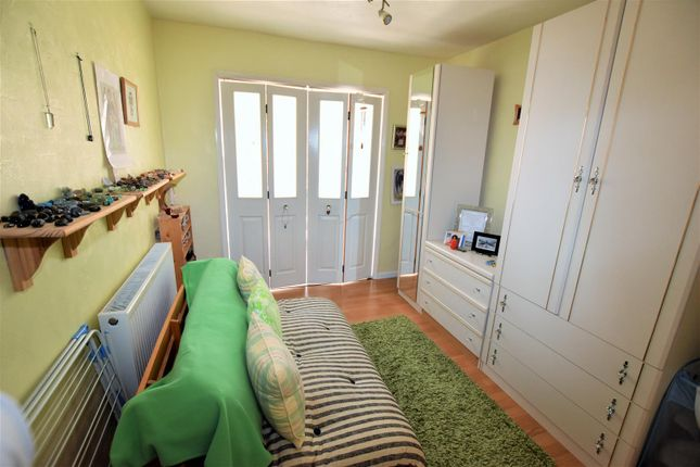 Bedroom 2 of Bankside, Northampton NN2