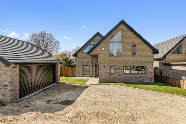 4 bed detached house for sale in Standen Street, Iden Green, Cranbrook TN17