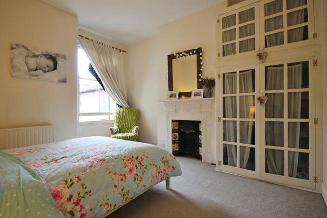 2 bed maisonette to rent in Haldon Road, Wandsworth, London