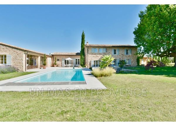 4 bed property for sale in 84220, Roussillon, Fr