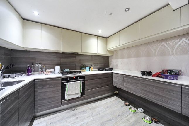 Thumbnail Flat for sale in Gypsy Hill, London