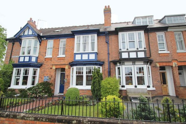 Thumbnail Town house for sale in Evesham Place, Stratford-Upon-Avon