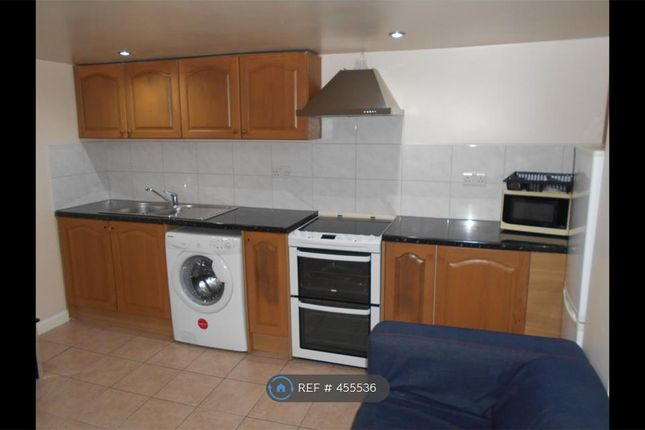 Thumbnail Flat to rent in Clifton Avenue, Leeds