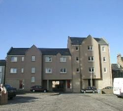 Thumbnail Flat to rent in Branning Court, Kirkcaldy