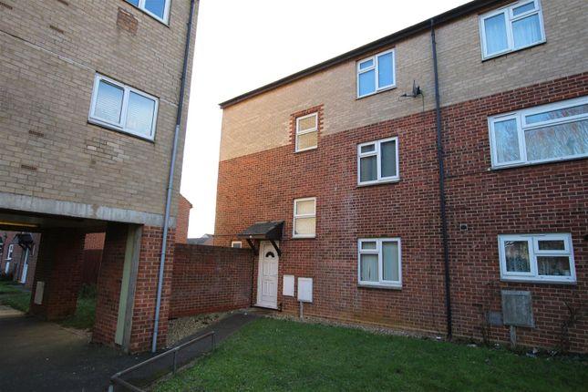 Thumbnail Property to rent in Elizabeth Walk, Abington, Northampton