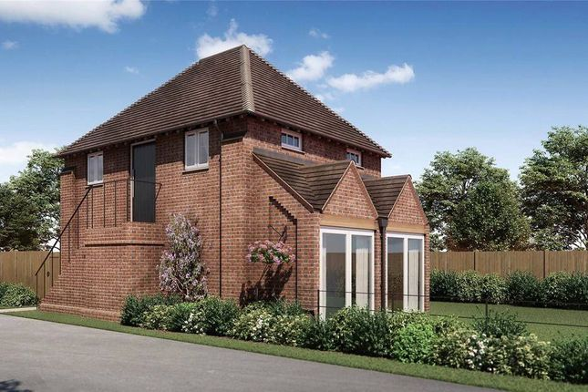 Thumbnail Detached house for sale in Malthouse Lane, Meath Green, Horley