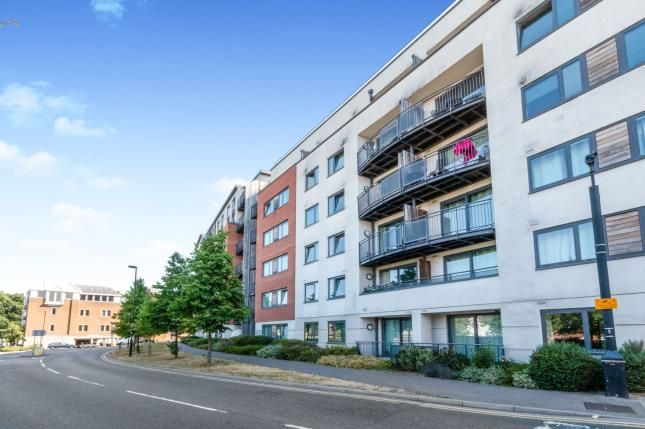Thumbnail Flat for sale in Upper Charles Street, Camberley, Surrey