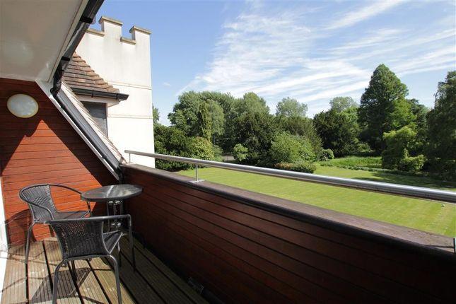 Balcony of Tidmarsh Grange, Tidmarsh, Reading RG8