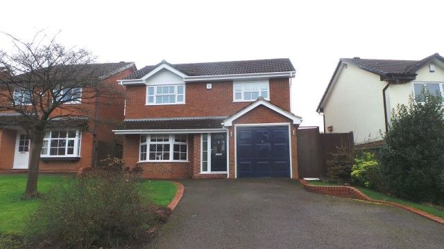 Thumbnail Detached house for sale in Preston Avenue, Sutton Coldfield, West Midlands