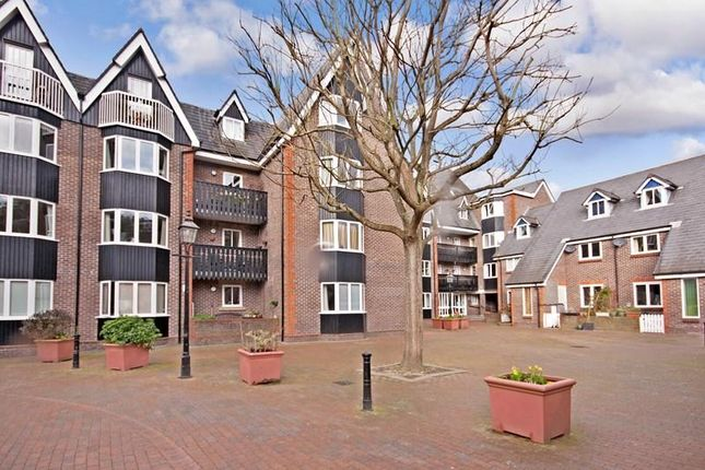 Thumbnail Property for sale in Cliffe High Street, Lewes