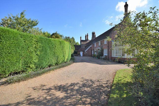 Thumbnail Cottage for sale in Pett Lane, Charing, Ashford