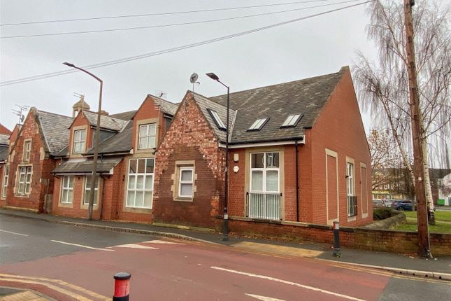 Thumbnail Flat for sale in Chapel Street, Bentley, Doncaster