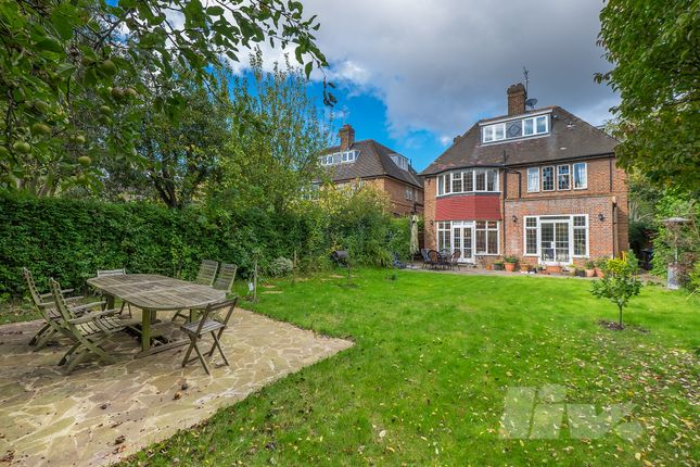 Thumbnail Terraced house to rent in Middleway, Hampstead Garden Suburbs