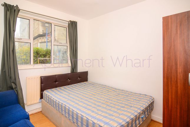 Thumbnail Shared accommodation to rent in Mackrow Walk, London