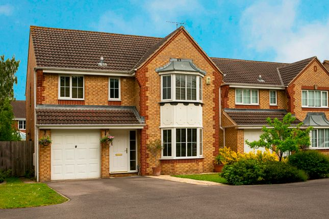 Front of Paddick Drive, Lower Earley, Reading RG6