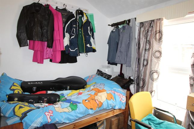 Bedroom 4 of Abbey Drive East, Grimsby DN32