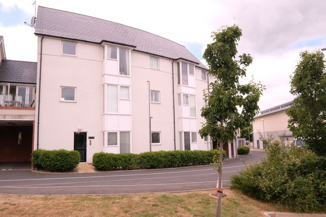 Thumbnail Flat for sale in Tydemans, Great Baddow, Chelmsford