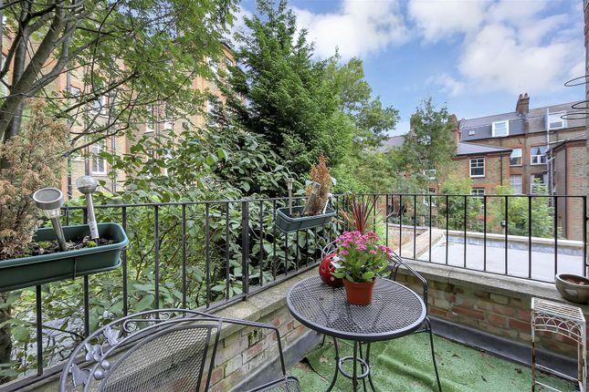 Balcony of Hillside Gardens, Highgate N6