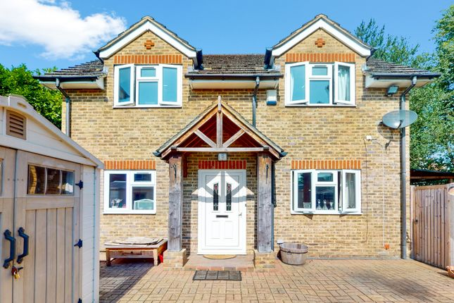 Thumbnail Detached house to rent in High Street, Penge