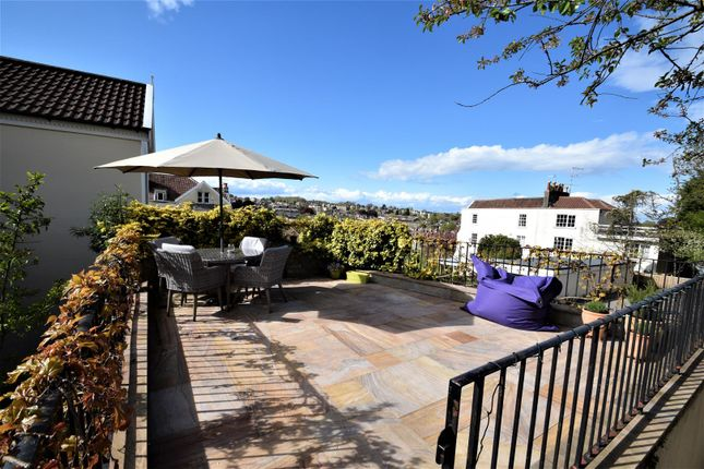 3 bed flat for sale in Cotham Vale, Cotham, Bristol BS6