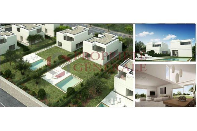 Terraced house for sale in Tavira (Santa Maria Tavira), Tavira (Santa Maria E Santiago), Tavira
