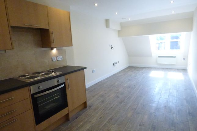 Thumbnail Flat to rent in High Street, Orpington