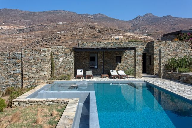 Tinos kalivia tinos cyclade islands south aegean for Greece waterfront property for sale