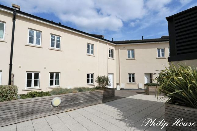 Thumbnail Flat for sale in Philip Street, City Centre, Bath