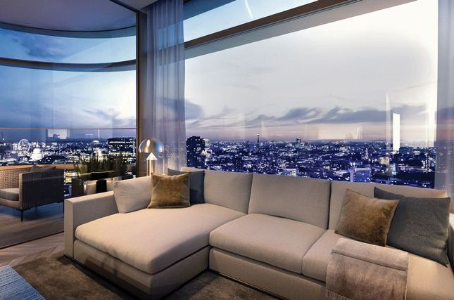Thumbnail Flat for sale in Principal Tower, Shoreditch, City London