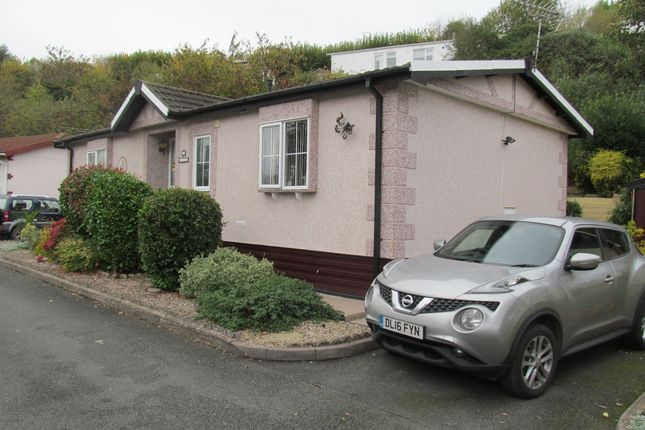 Thumbnail Mobile/park home for sale in Linton Park, Worcester Road (Ref 5739), Bromyard, Herefordshire