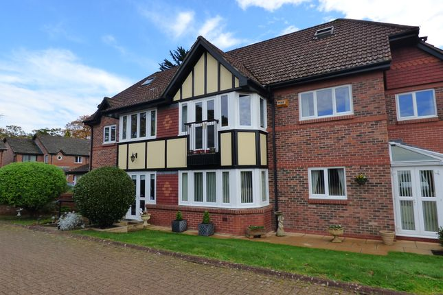 Flat for sale in Boakes Place, Ashurst