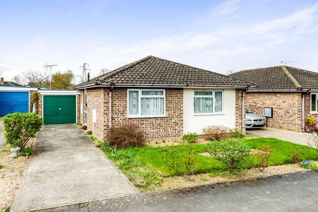 Thumbnail Detached bungalow for sale in Katchside, Sutton Courtenay, Abingdon