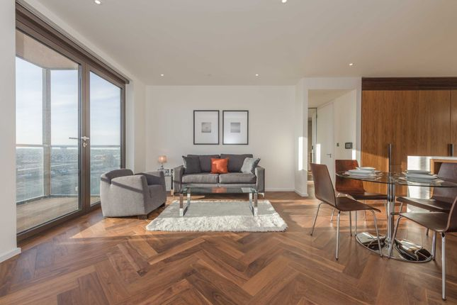 1 bed flat to rent in Ambassador Building, Embassy Gardens, Vauxhall, London