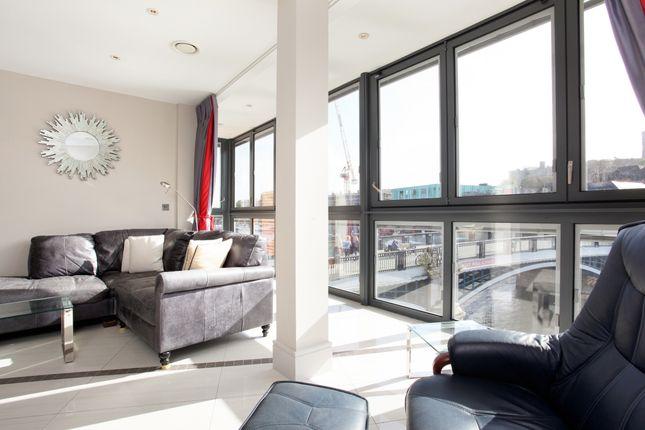 Thumbnail Flat to rent in High Street, Eton, Windsor