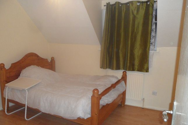 Thumbnail End terrace house to rent in Nickelby Close, Abbey Wood