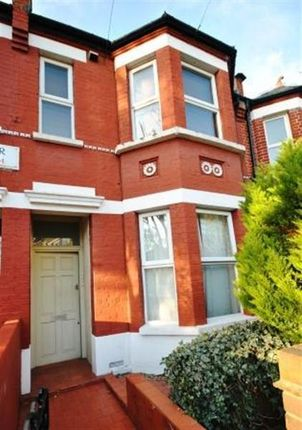 Thumbnail Flat to rent in Seymour Road, Chiswick, London