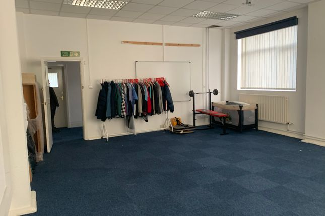 Thumbnail Office to let in Blackburn Road, Clayton-Le-Moors