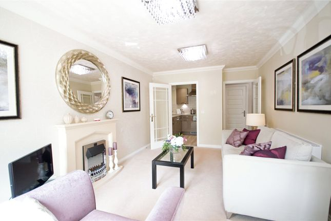 2 bed flat for sale in Asheldon Road, Torquay TQ1