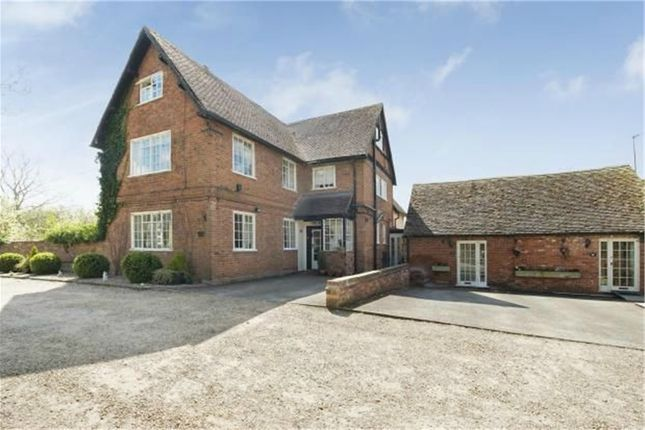 Thumbnail Detached house for sale in Coughton Hill, Coughton, Alcester, Warwickshire