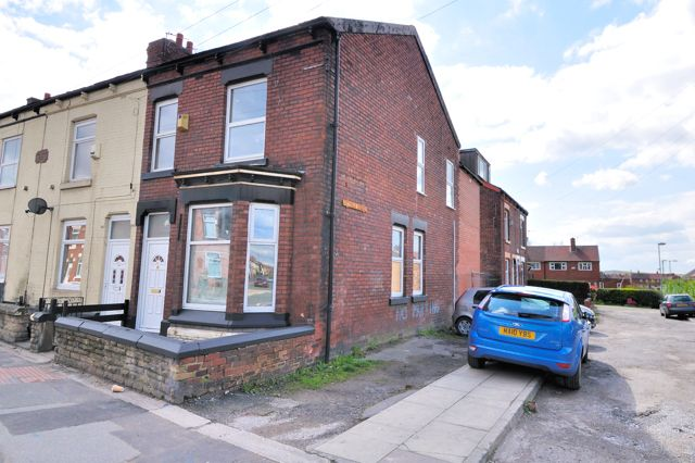 Thumbnail Flat to rent in Denton Road, Audenshaw, Greater Manchester