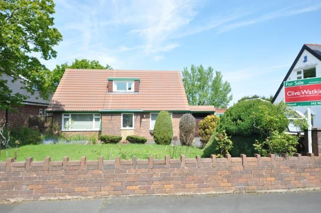 Picture No.17 of Laburnum Grove, Irby, Wirral CH61